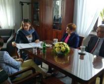 Karolina Elbanowska z Beatą Szydło o 6-latkach, 500zł dla dzieci i zabieraniu dzieci rodzicom z powodu ubóstwa